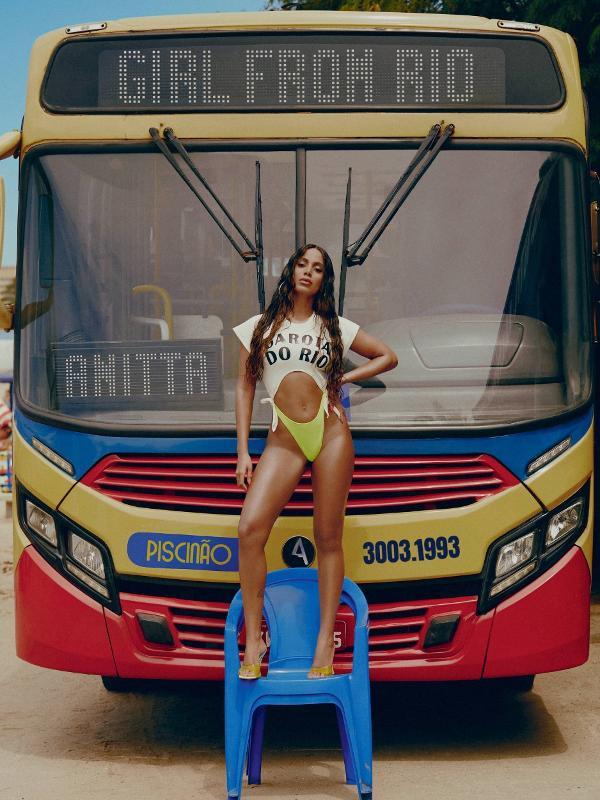 Capa de Girl From Rio, de Anitta